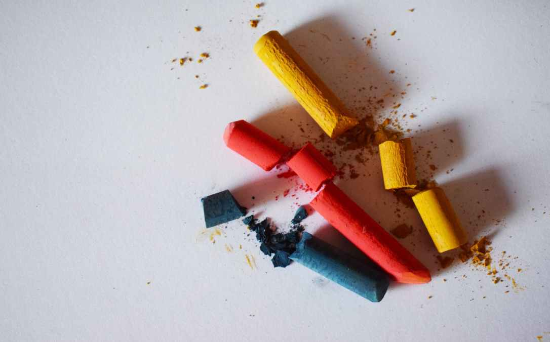 blue red and yellow chalk