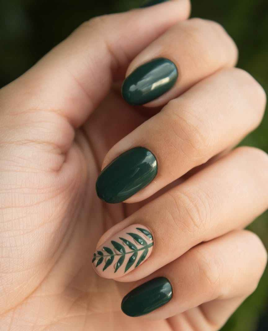 green manicure art close up photo